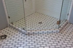 retro_tile_shower